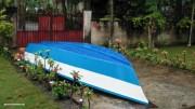 Mein Boot liegt die ganze Zeit ungenutzt vor dem Haus im Regen
