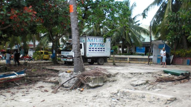 Unaufgeräumte Baustelle in Strandmitte