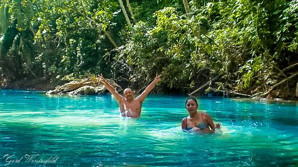 Schwimmen im Dschungel von Bohol