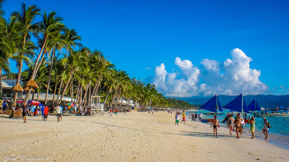 Der White Beach auf Boracay ist das eigentliche Attraktion der Insel
