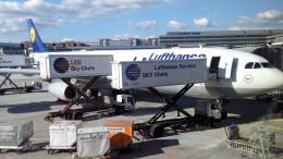 Lufthansa A340 in Frankfurt