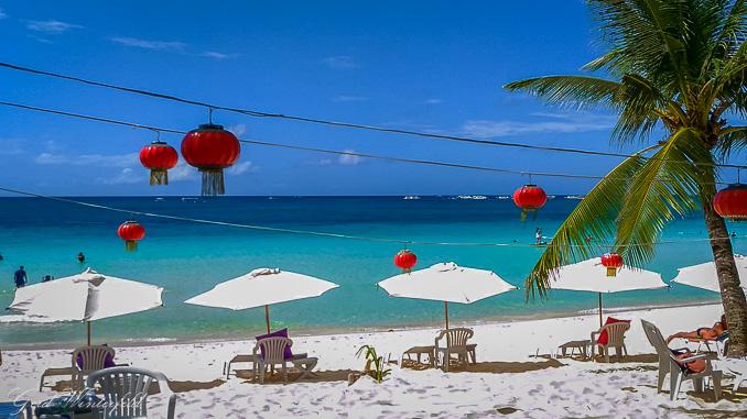 Der White Beach auf Boracay